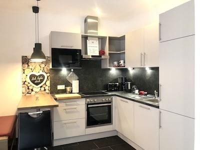 Ferienwohnung Carina mit ebenerdiger Südterrasse-Küche