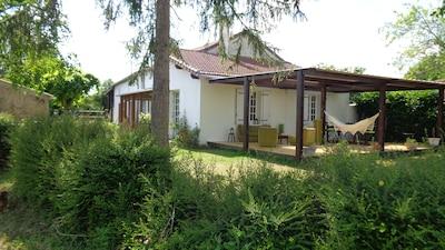 Le Nombril du Monde, Pougne-Hérisson, Deux-Sevres, France