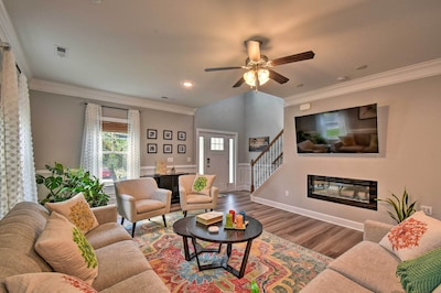 Norfolk Vacation Rental | 4BR | 2.5BA | 2,500 Sq Ft | 2-Story House