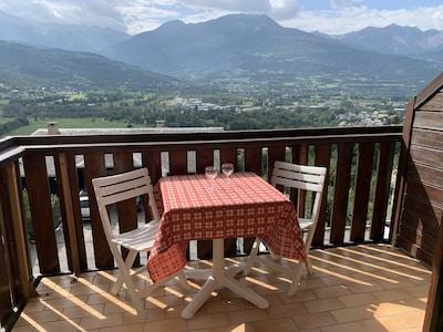 Place Eugene Barthelon, Embrun, Hautes-Alpes, Frankreich
