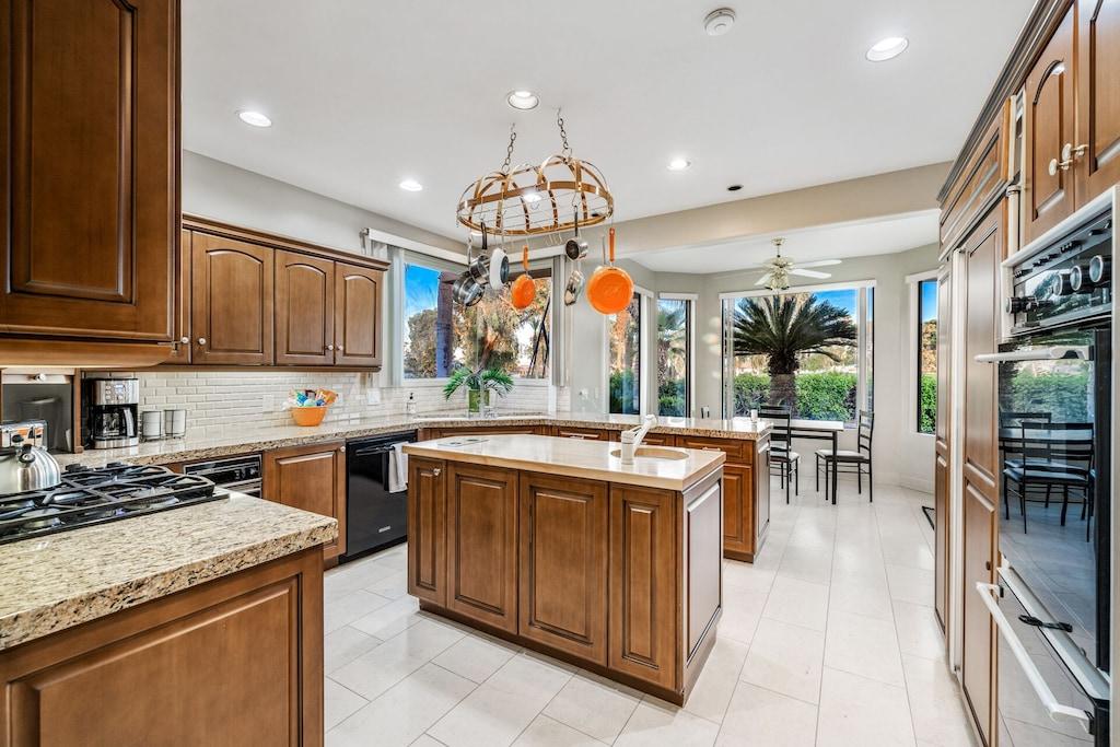 Buffalo House kitchen