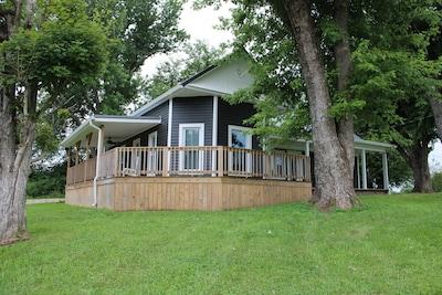 Ephram White Park, Bowling Green, Kentucky, USA