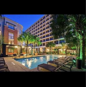 Quartiers Upper Kirby et Greenway Plaza, Houston, Texas, États-Unis d'Amérique