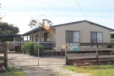 Goon Nure, Victoria, Australia