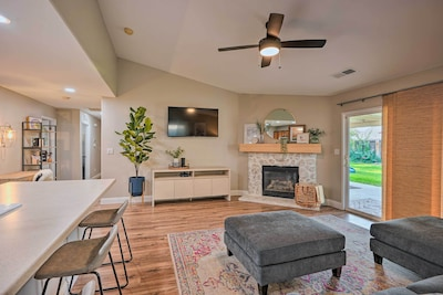 Bakersfield Vacation Rental | 3BR | 2BA | Step-Free Access | 1,451 Sq Ft