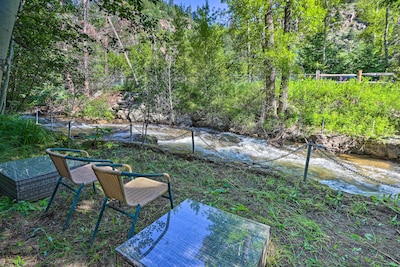 Idaho Springs Vacation Rental   1BR   1BA   400 Sq Ft   1-Story Cottage