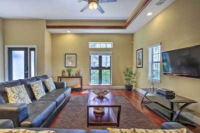 Orlando Vacation Rental   4BR   3.5BA   2,000 Sq Ft   Stairs Required for Access