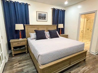 Comfortable master suite with king bed and private en-suite bathroom