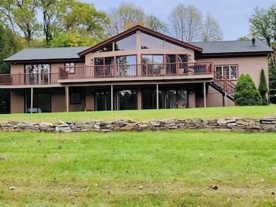 Adirondack Winery (Weingut), Lake George, New York, USA